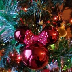 Bola Navidad Minnie